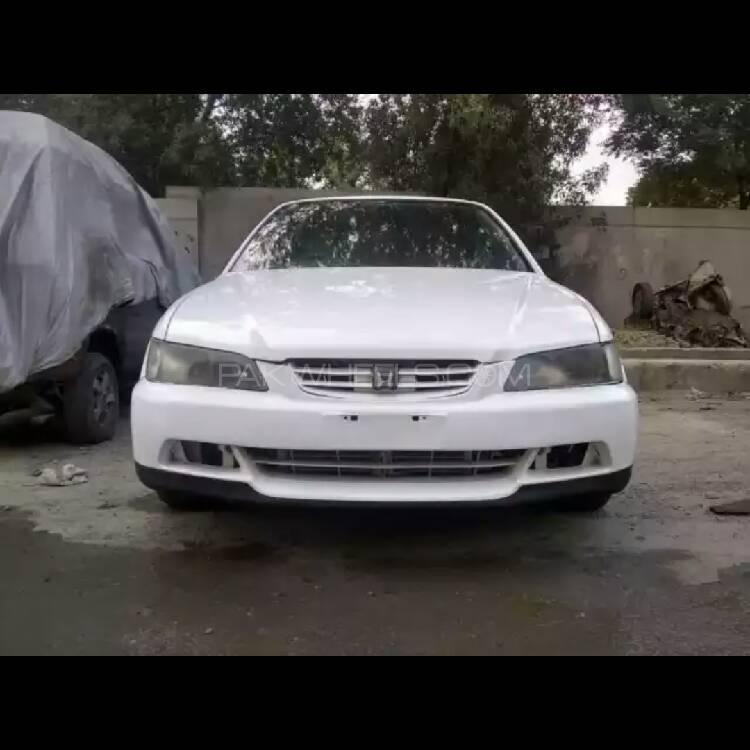Honda Accord 1998 Image-1