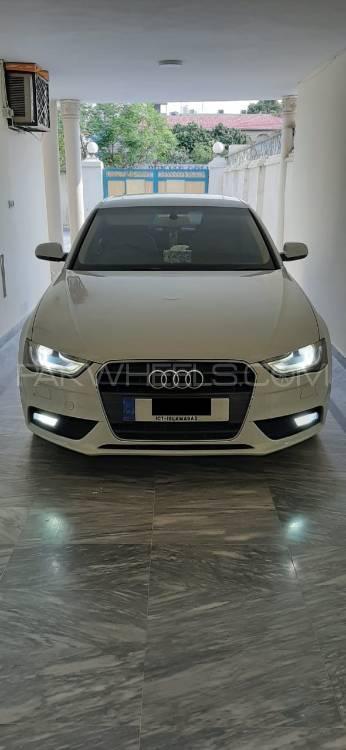 Audi A4 1.8 TFSI 2012 Image-1