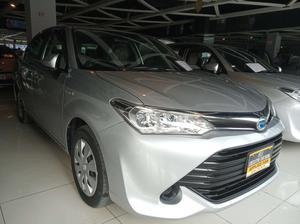 Used Toyota Corolla Axio G 2015