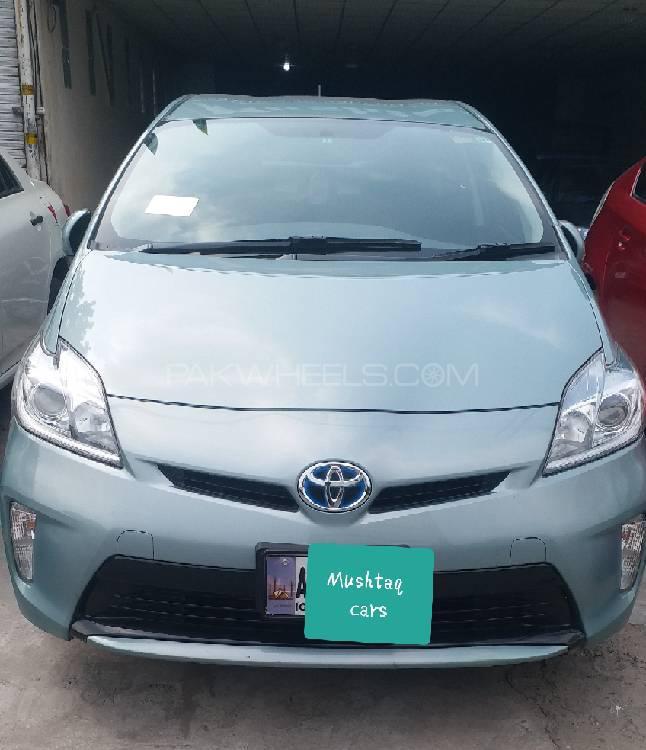 Toyota Prius S Touring Selection 1.8 2014 Image-1
