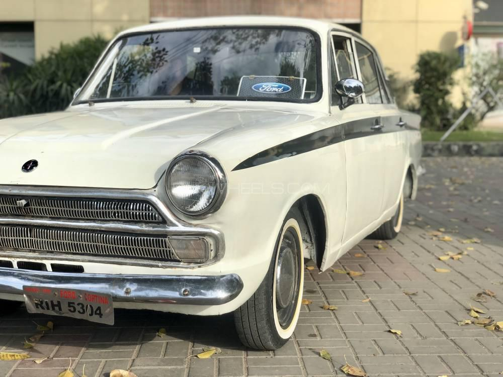 Ford Cortina 1966 Image-1