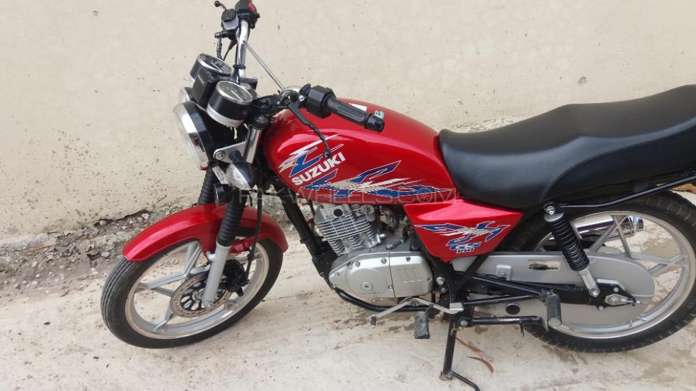 Used Suzuki GS 150 2017 Bike for sale in Kallar Saddiyian - 252980 |  PakWheels