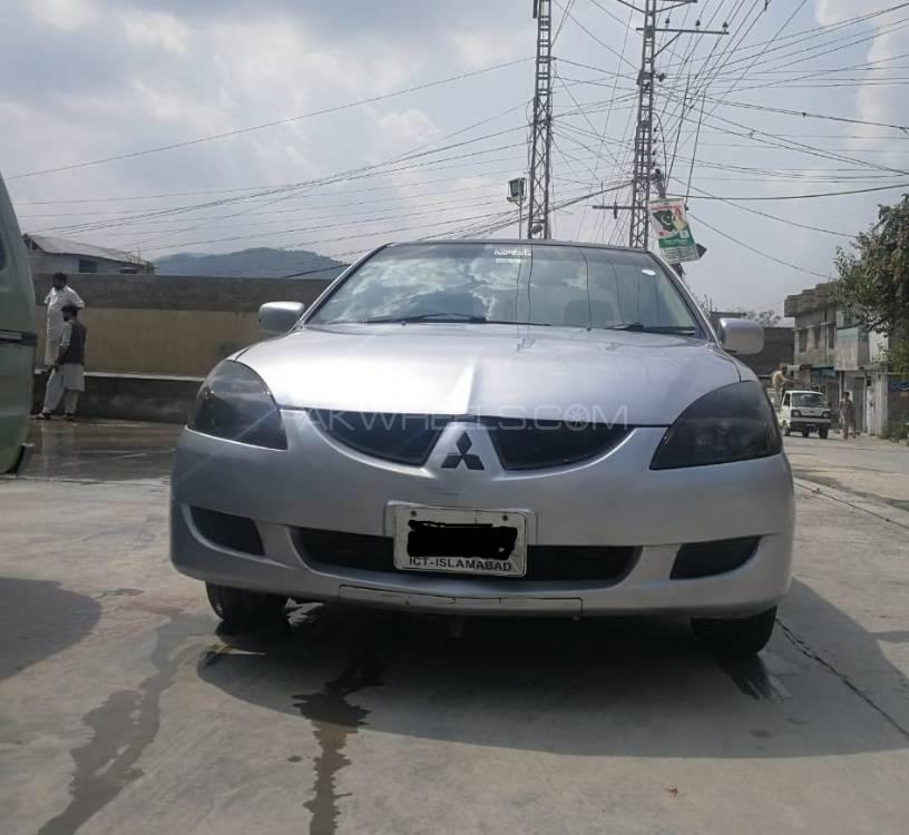 Mitsubishi Lancer 2004 Image-1