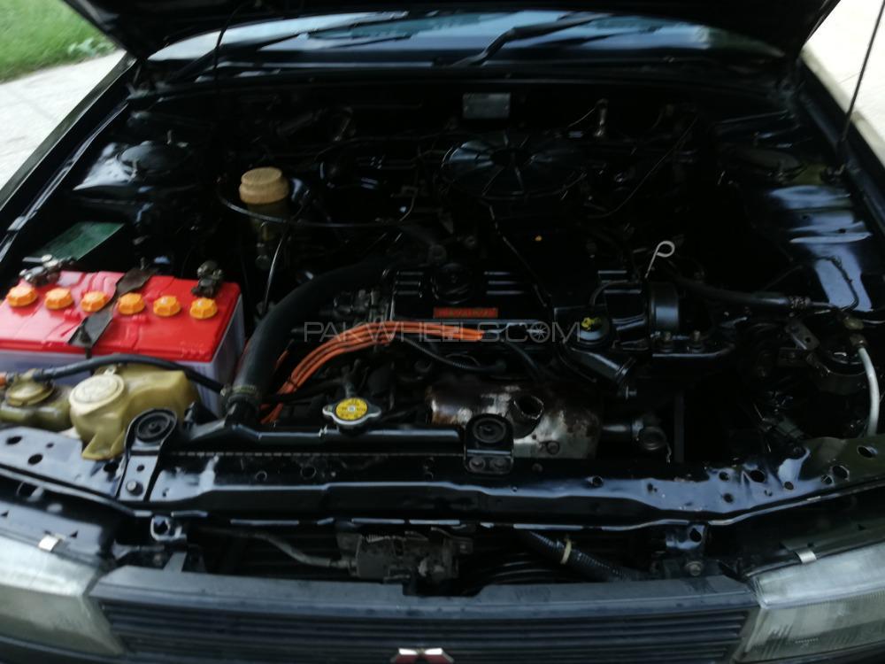 Mitsubishi Lancer GL 1990 Image-1