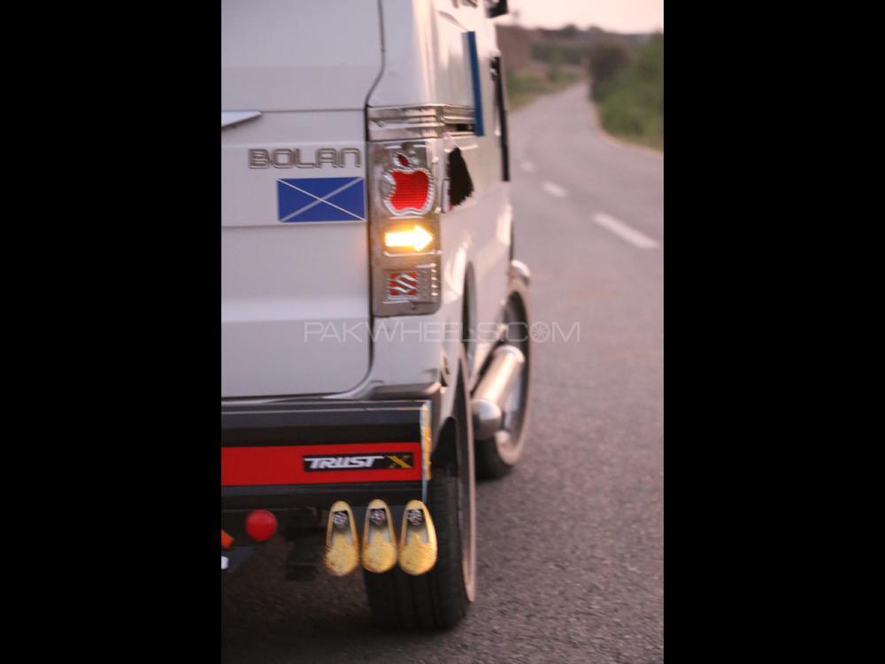 Suzuki Bolan 2017 Image-1
