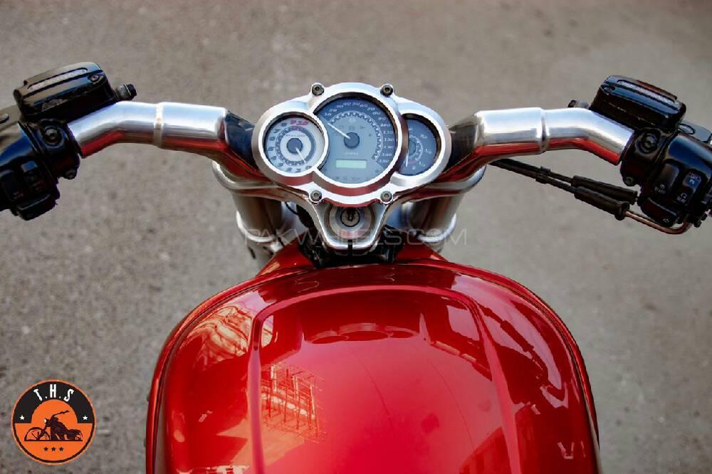 Harley Davidson V-Rod 2013 Image-1