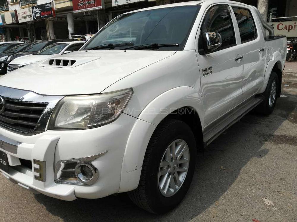 Toyota Hilux Vigo G 2014 Image-1