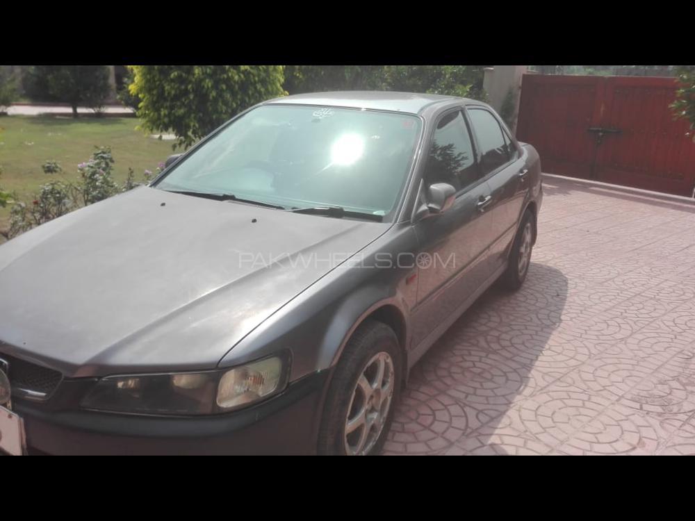 Honda Accord Euro R 2002 Image-1