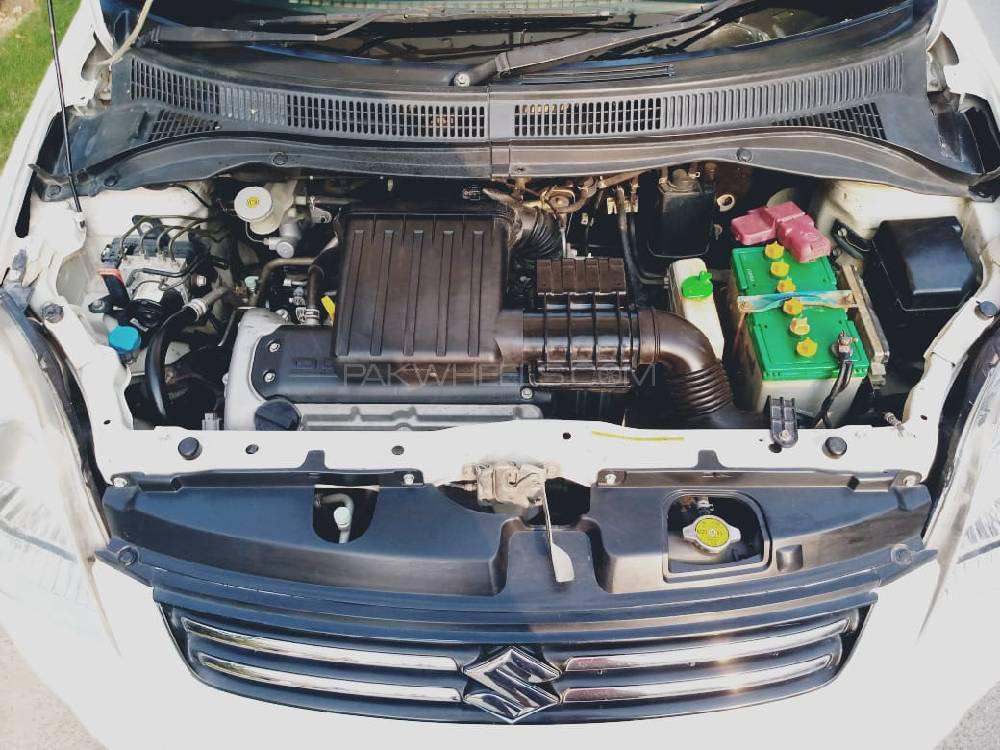 Suzuki Swift DLX 1.3 2014 Image-1