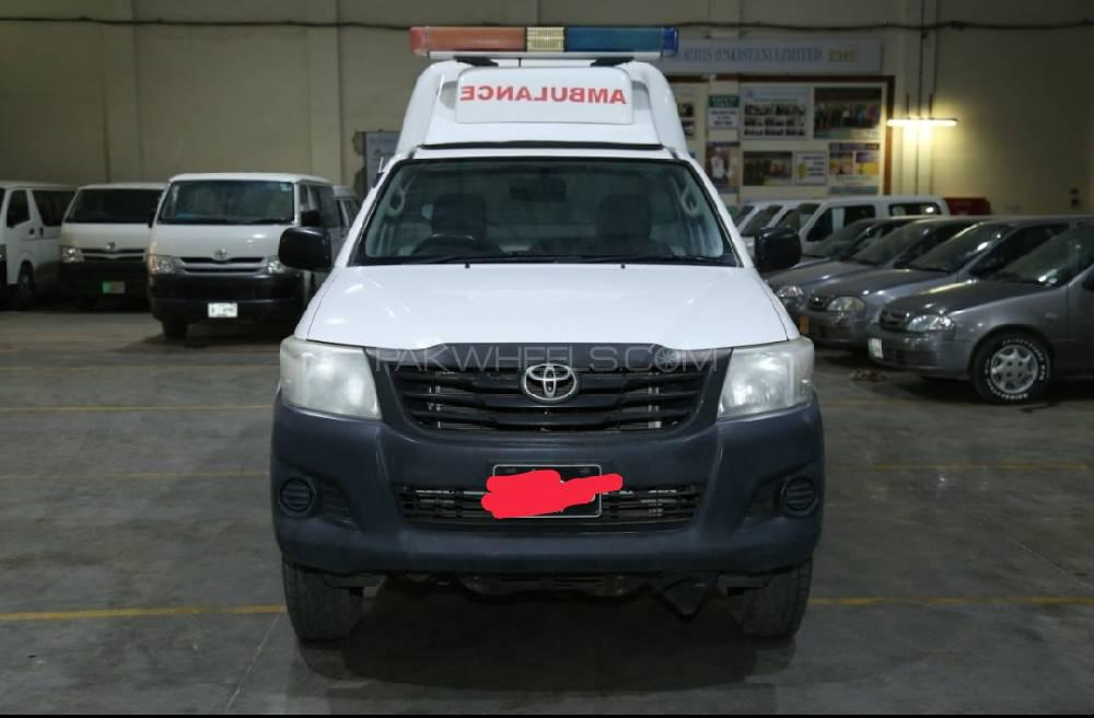 Toyota Hilux 4x4 Single Cab Standard 3.0 2013 Image-1