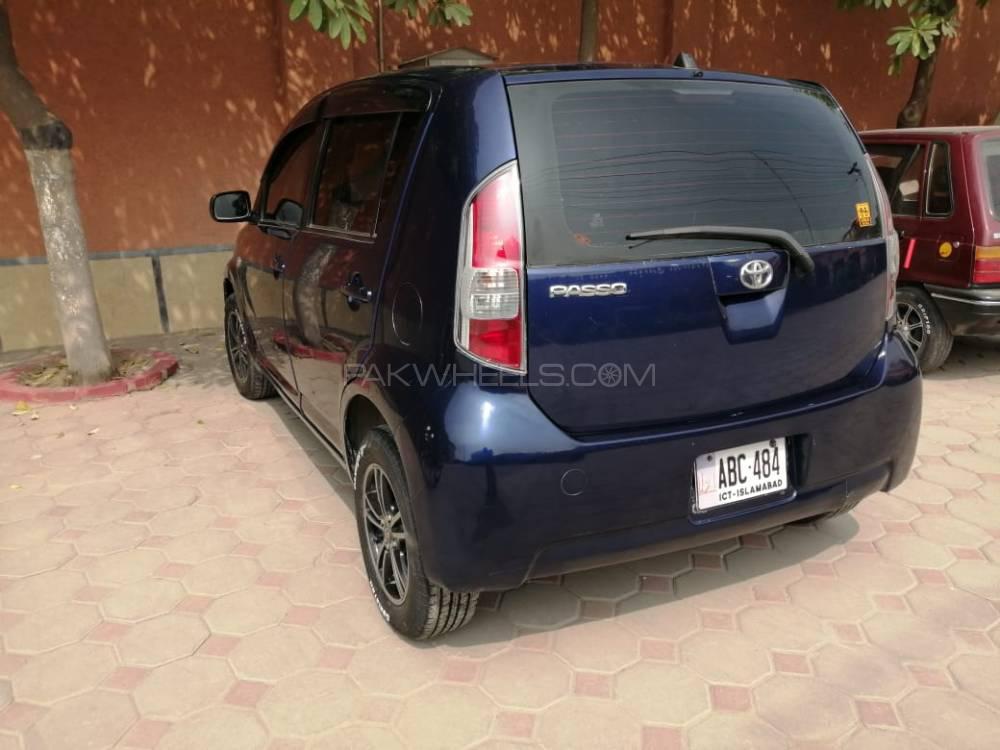 Toyota Passo X 2004 Image-1