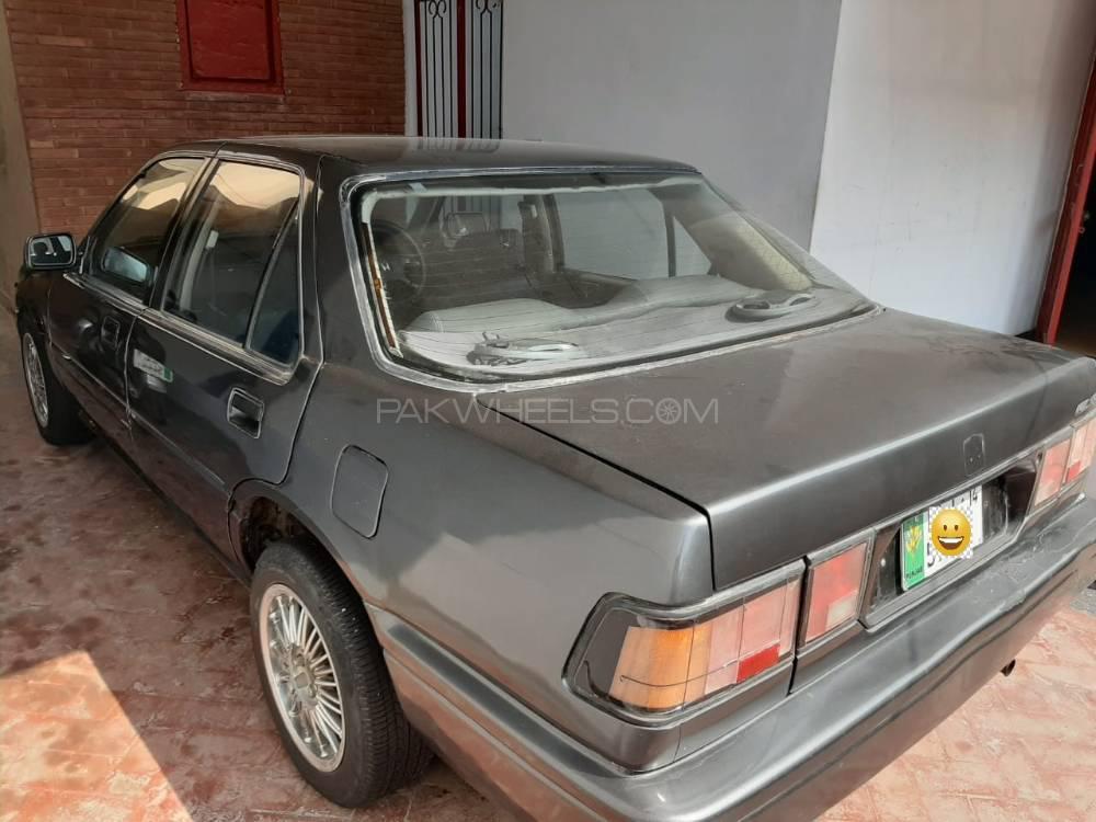 Honda Accord 1986 Image-1
