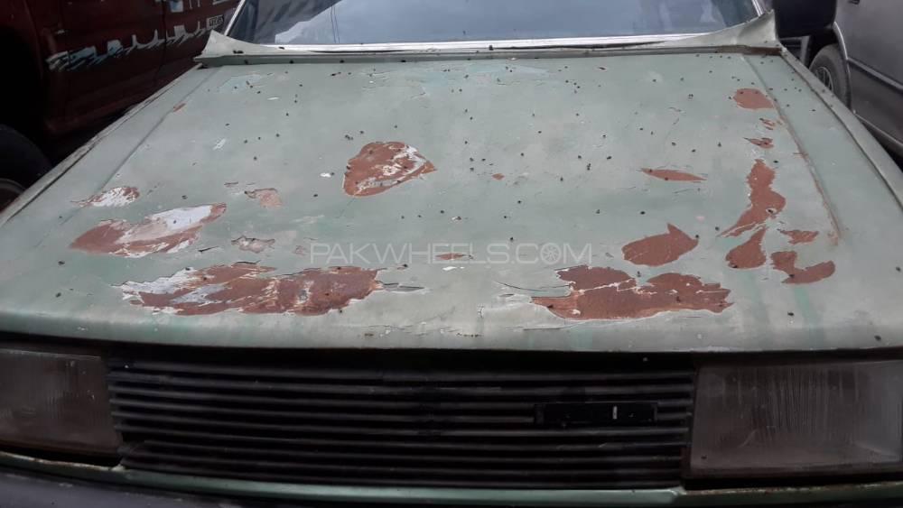 Mazda 626 1984 Image-1