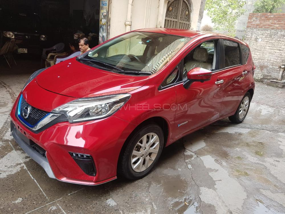 Nissan Note MEDALIST 2016 Image-1