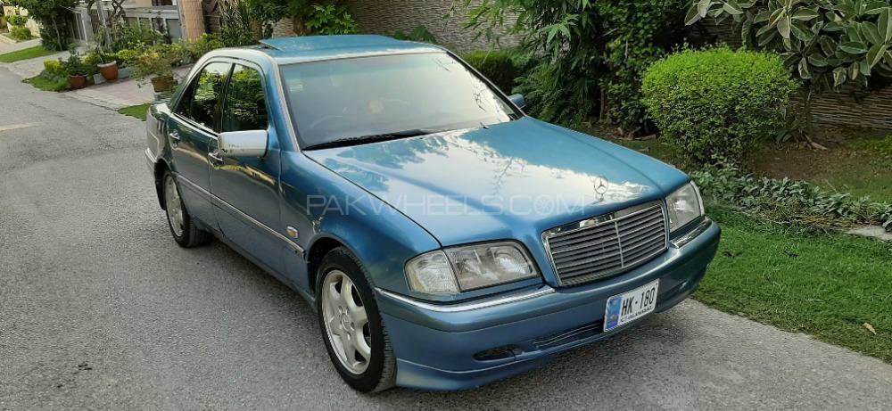 Mercedes Benz C Class C180 1997 Image-1