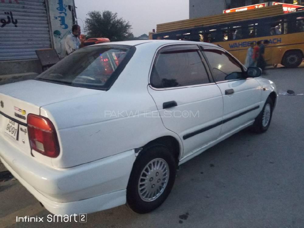 Suzuki Baleno GLi P 2000 Image-1