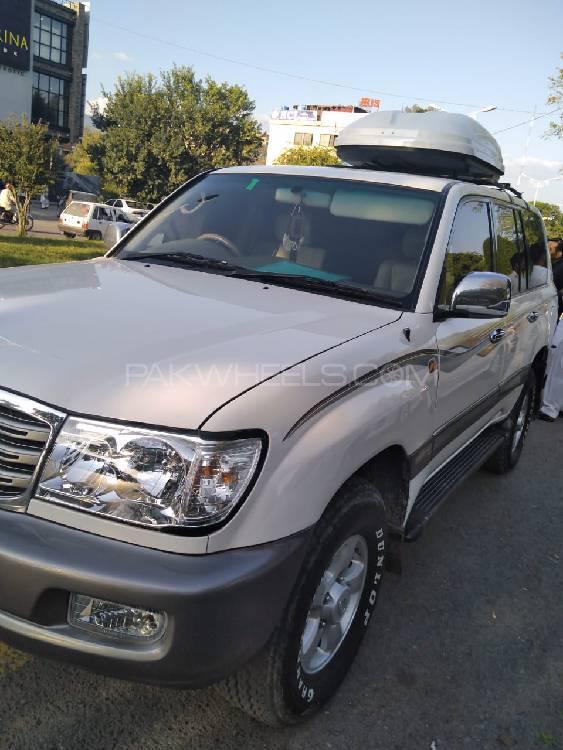 Toyota Land Cruiser 2006 Image-1