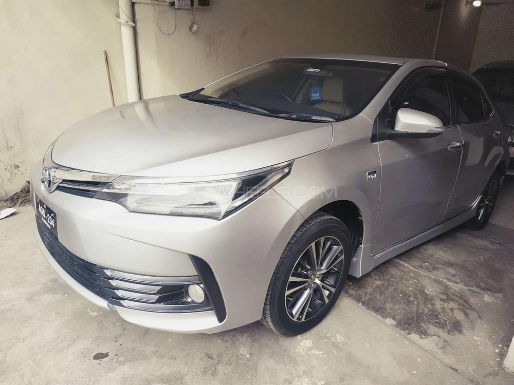 Toyota Corolla Altis Grande CVT-i 1.8 2019 Image-1
