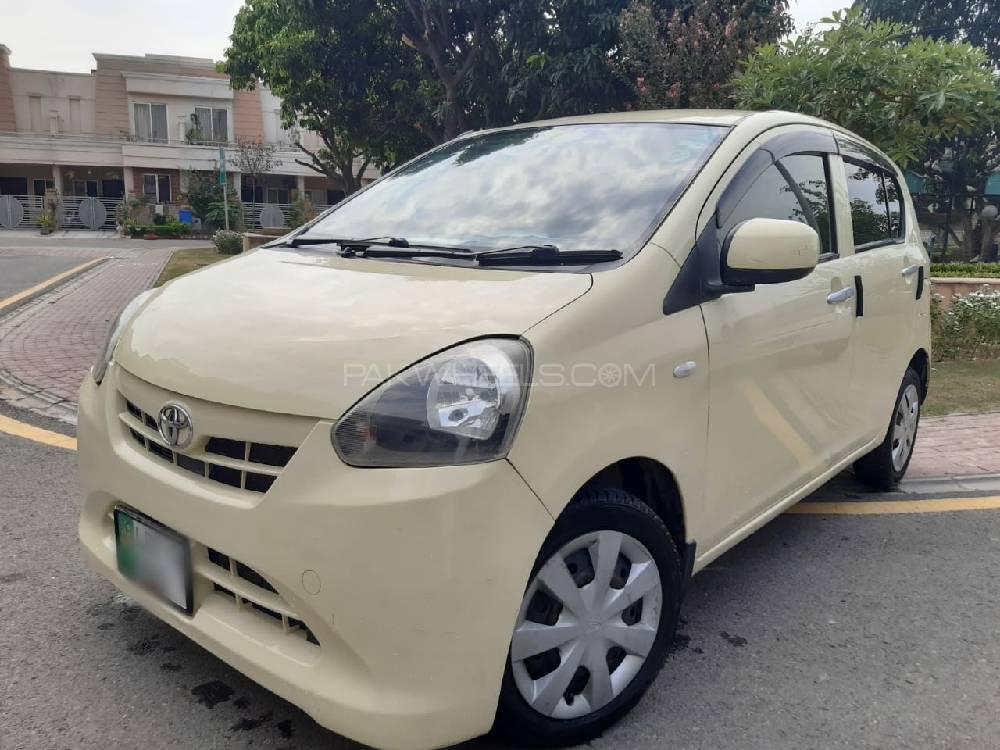 Daihatsu Mira Custom L 2012 Image-1