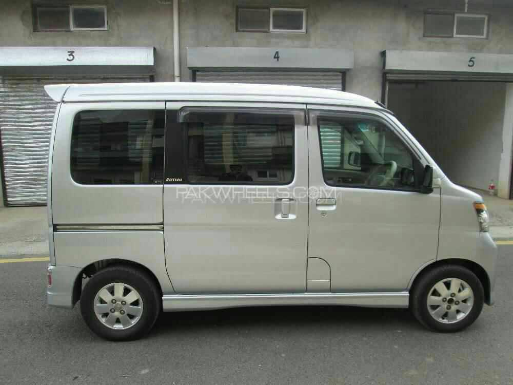 Daihatsu Atrai Wagon CUSTOM TURBO RS 2009 Image-1