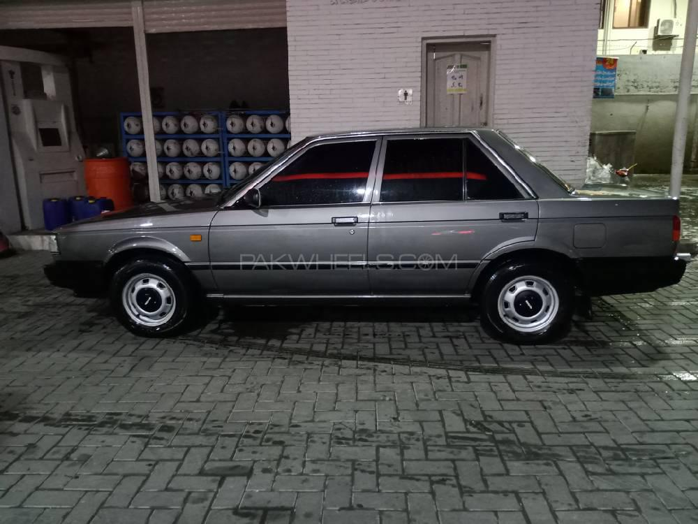 Nissan Sunny IDLX 1988 Image-1