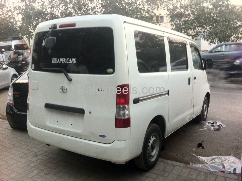 Toyota Lite Ace 2008 Image-2