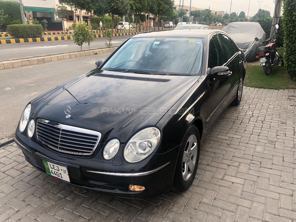 Mercedes Benz E Class E200 2004 Image-1
