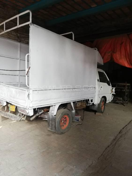 Hyundai Shehzore Pickup H-100 (With Deck and Side Wall) 2001 Image-1
