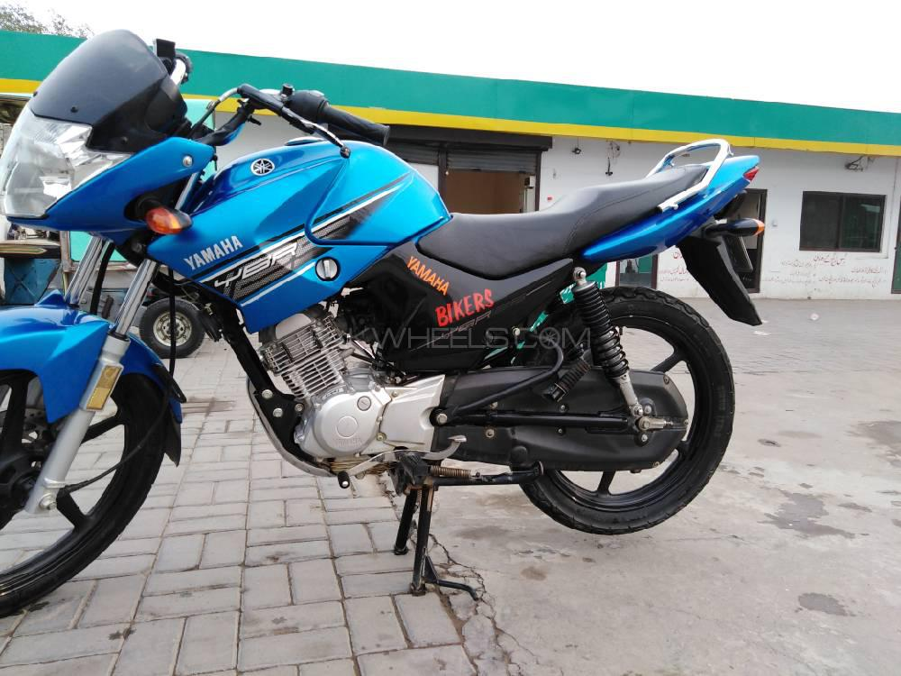 Yamaha YBR 125 2017 Image-1