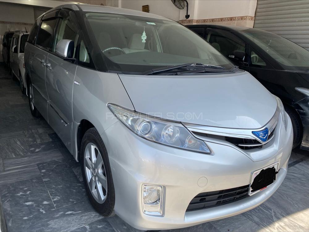 Toyota Estima Hybrid 2011 Image-1