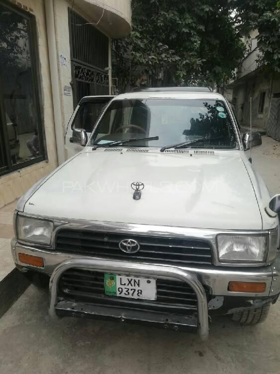 Toyota Surf SSR-X 3.0D 1990 Image-1