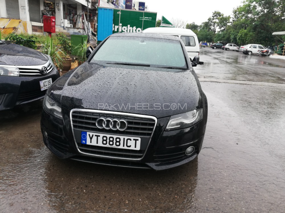 Audi A4 - 2010  Image-1