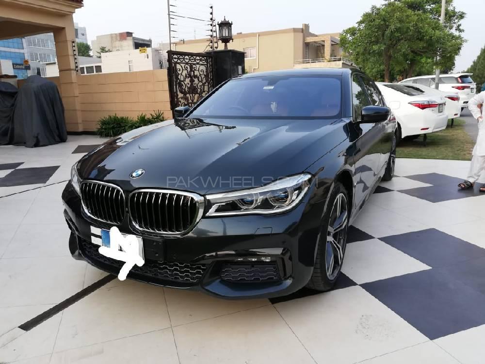 BMW 7 Series 740 Le xDrive 2017 Image-1