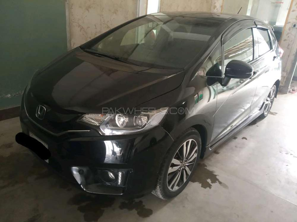 Honda Fit 1.5 Hybrid S Package 2013 Image-1