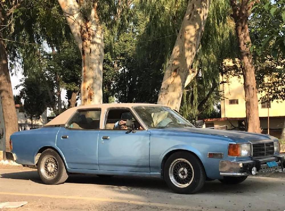 Mazda 929 1980 Image-1