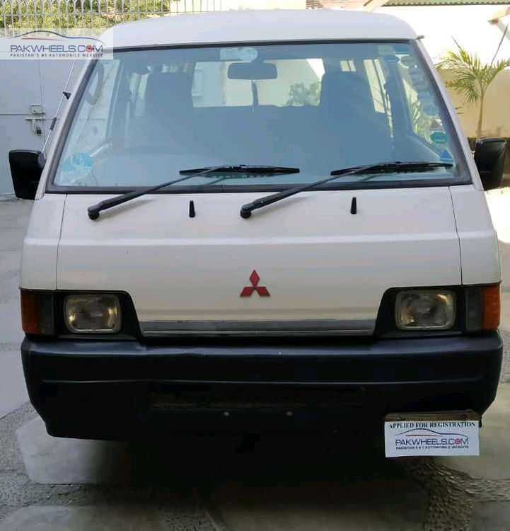 Mitsubishi L300 DX 2006 Image-1