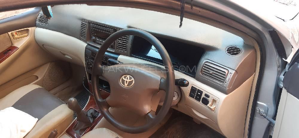 Toyota Corolla 2.0D Saloon 2003 Image-1