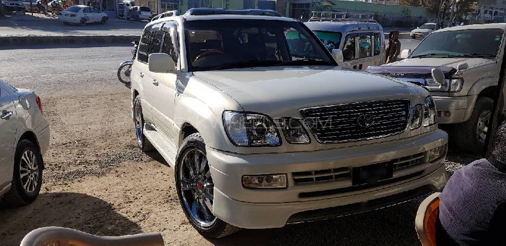 Toyota Land Cruiser Cygnus 2001 Image-1