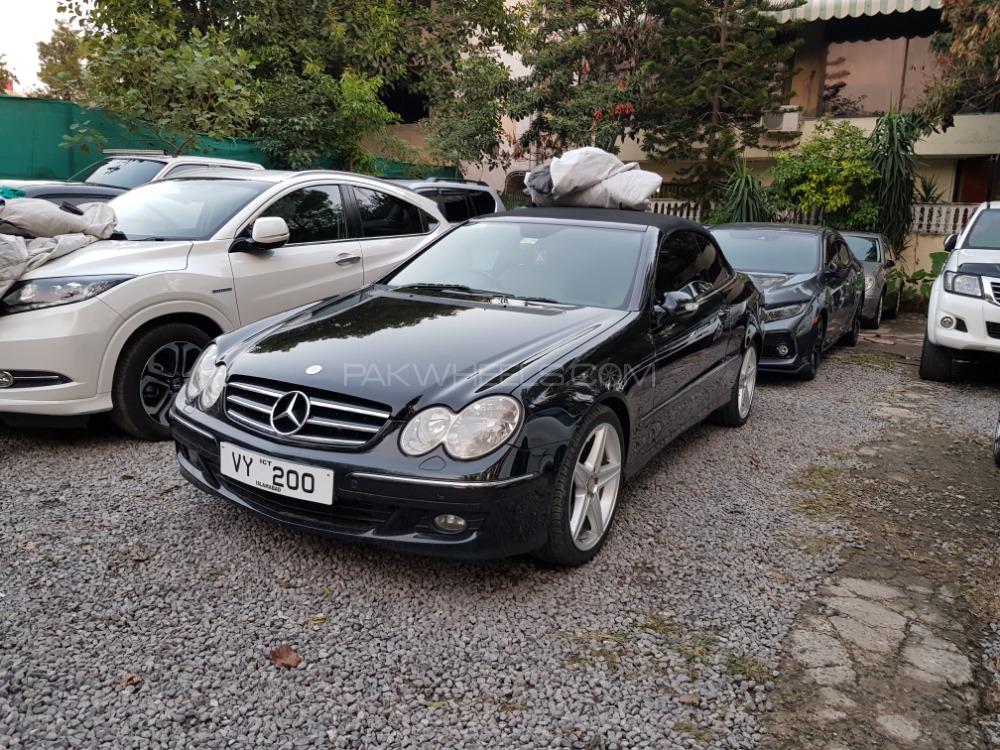 Mercedes Benz CLK Class - 2008  Image-1