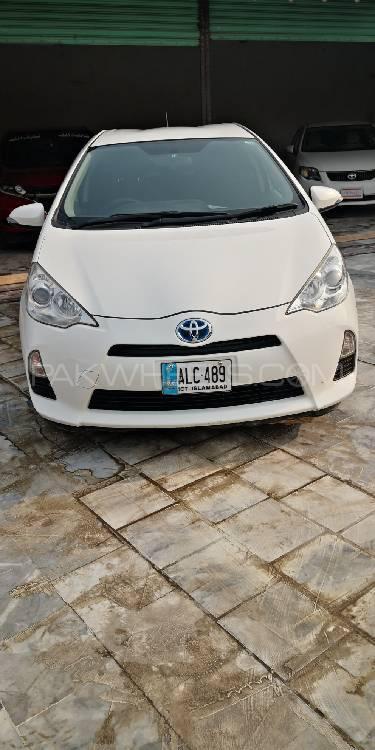 Toyota Aqua S 2014 Image-1