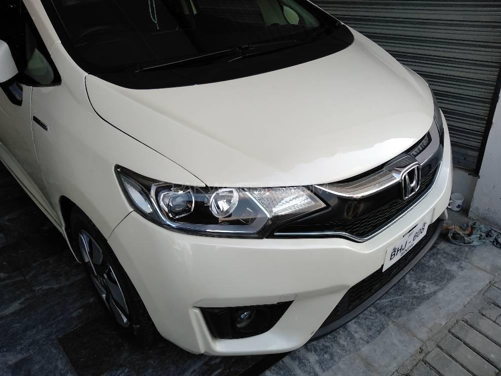 Honda Fit 1.5 Hybrid S Package 2013 Image-1