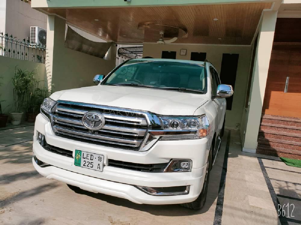 Toyota Land Cruiser 2013 Image-1