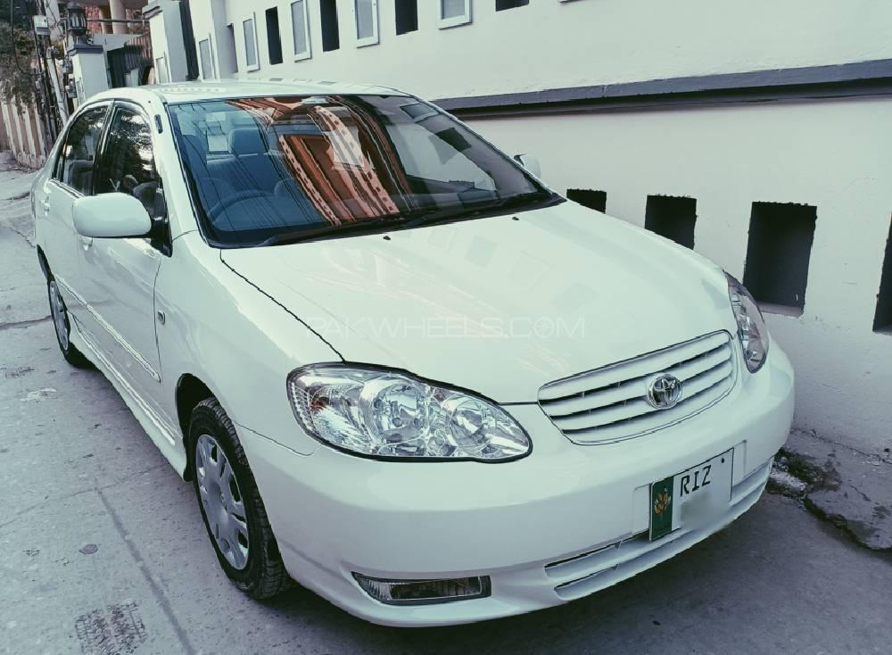 Toyota Corolla 2.0D Saloon 2002 Image-1