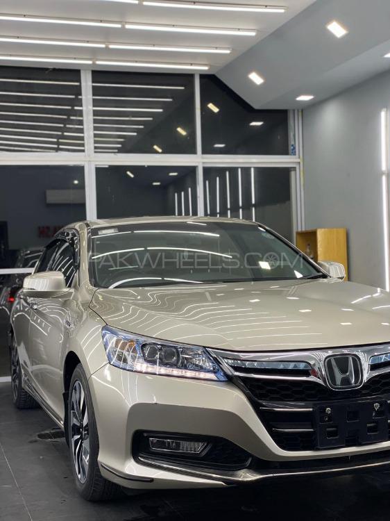 Honda Accord 2014 Image-1