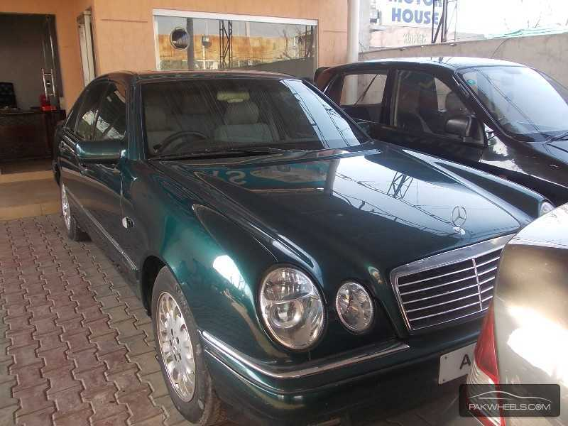 Mercedes benz e class e270 cdi 1995 for sale in lahore for Mercedes benz e class 1995