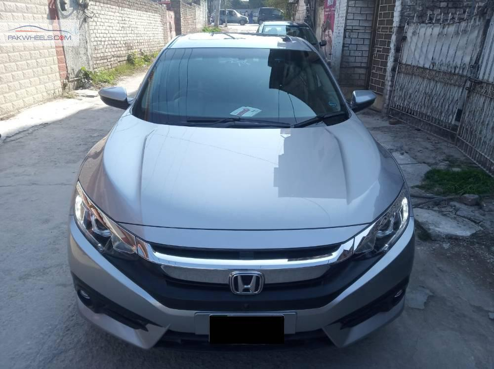 Honda Civic VTi Oriel Prosmatec 1.8 i-VTEC 2016 Image-1