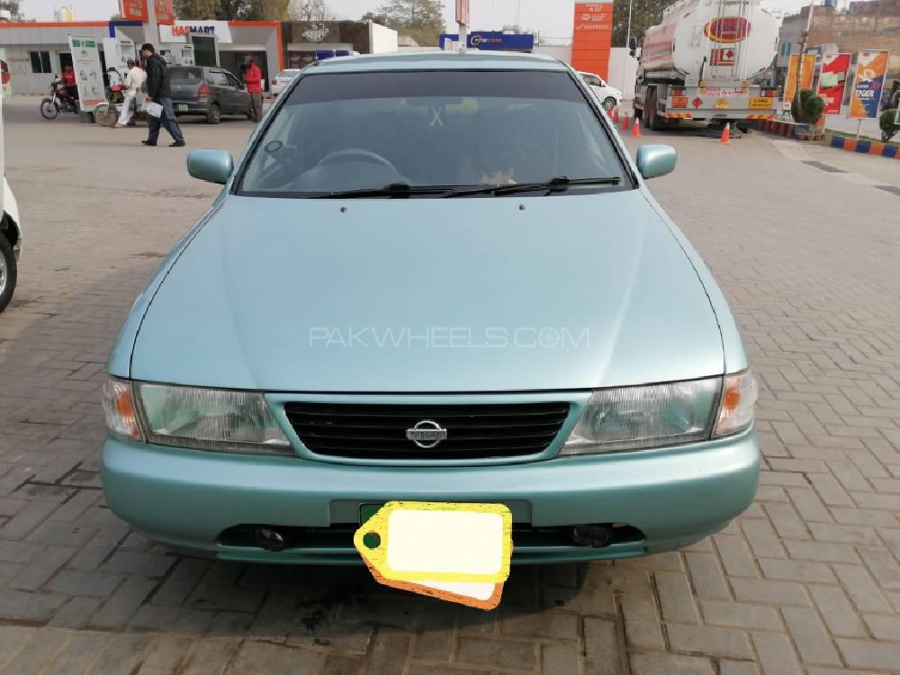 Nissan Sunny EX Saloon 1.6 1997 Image-1