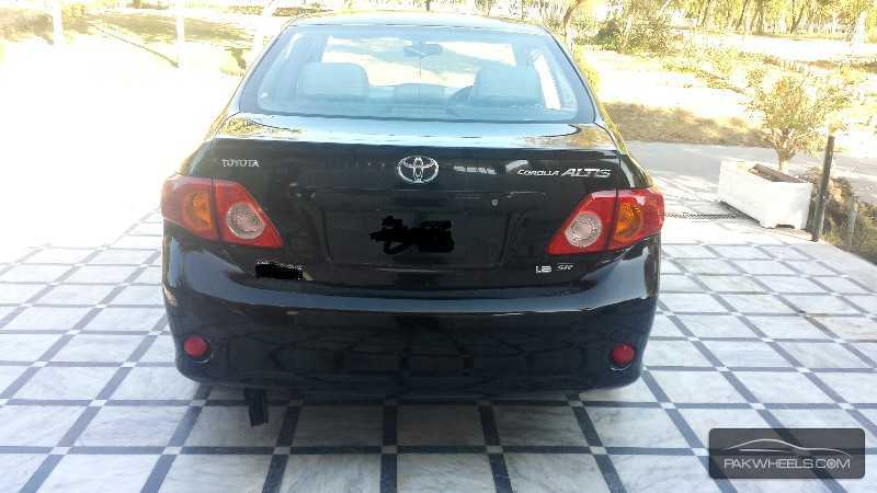 Toyota Corolla Altis SR Cruisetronic 1.8 2011 Image-3