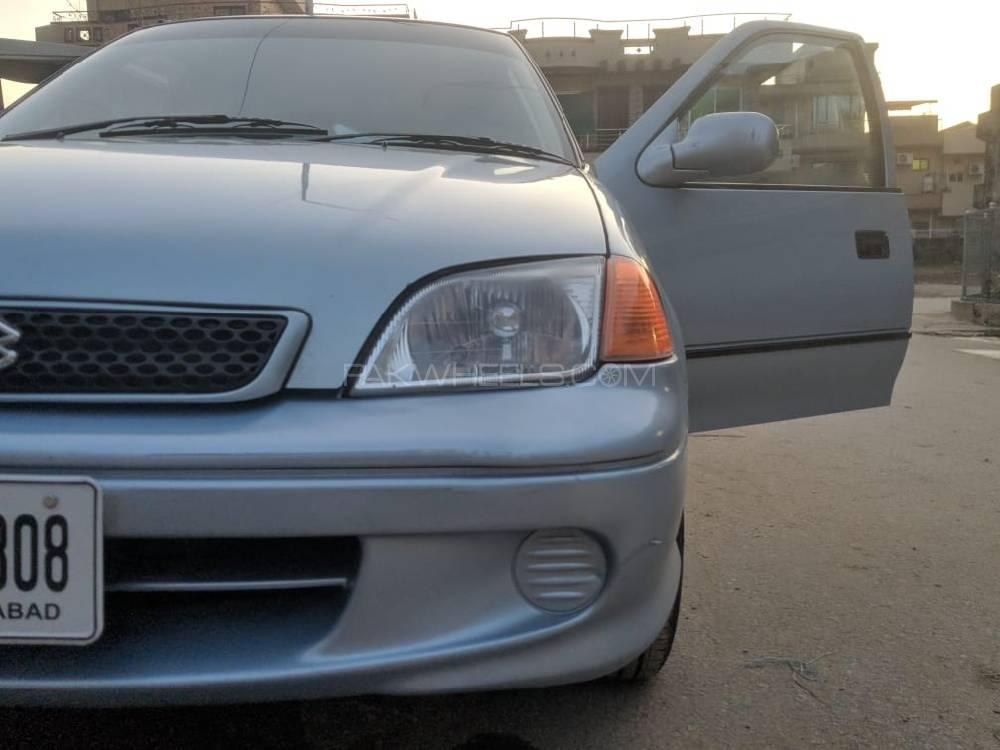 Suzuki Cultus VX 2000 Image-1