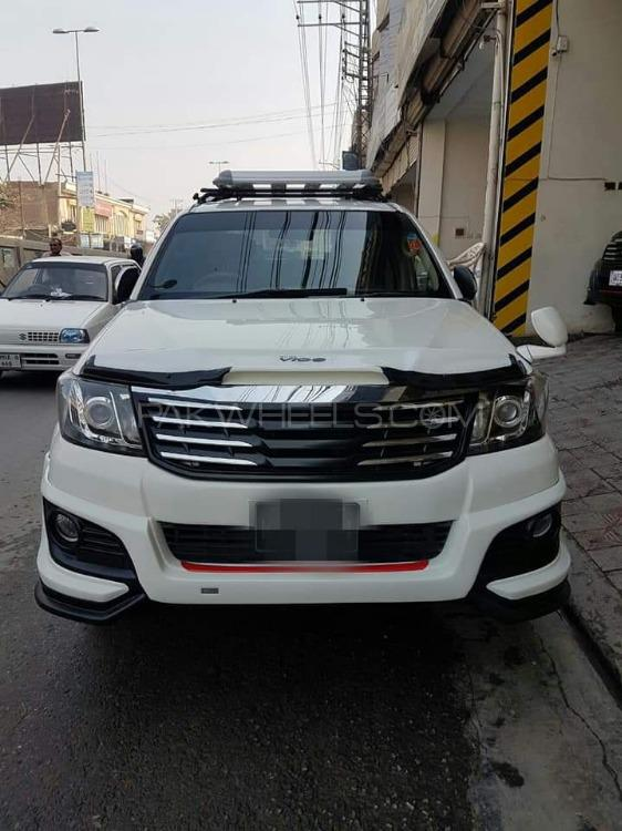 Toyota Hilux - 2014  Image-1